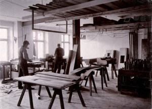 06-Faneravdelning-o-stomsnickeri-1909-300x216