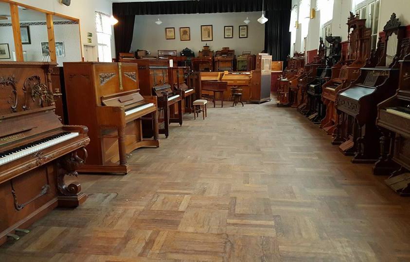 Klaverens hus, utställningshallen