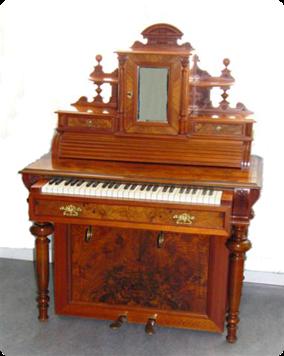 Oe-A-1455-1895-damskrivbordsorgel-043_3